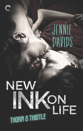 New Ink on Life - An Opposites-Attract Lesbian Romance ebook by Jennie Davids