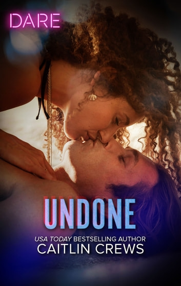 Undone - A Holiday Fling Romance ebook by Caitlin Crews
