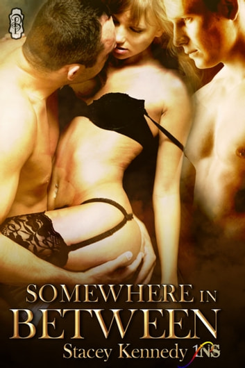 Somewhere in Between ebook by Stacey Kennedy