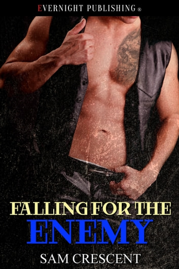 Falling for the Enemy ebook by Sam Crescent