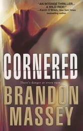Cornered ebook by Brandon Massey